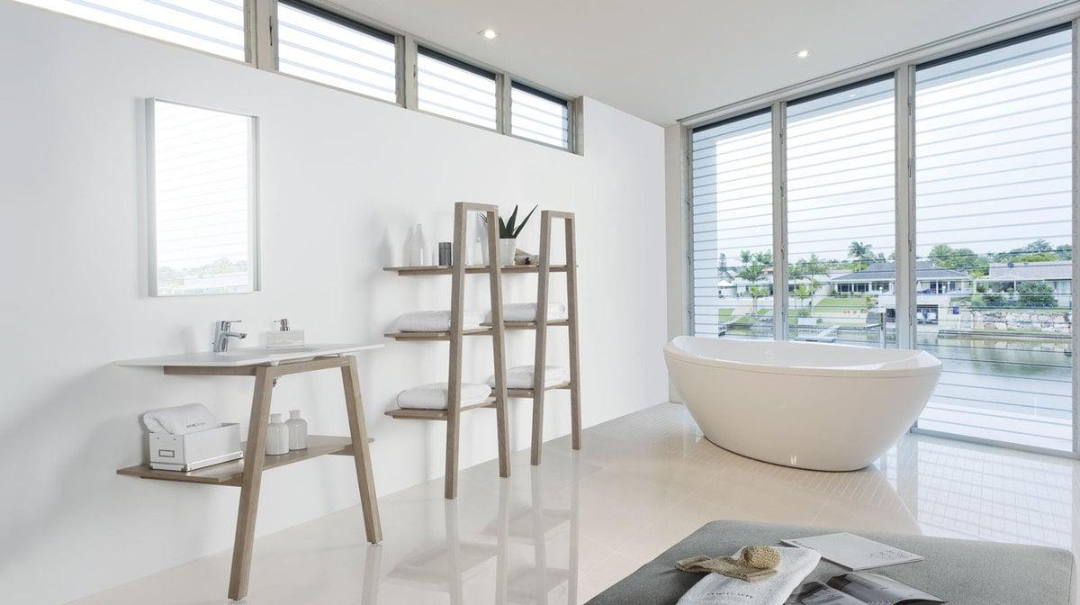white-bathrooms